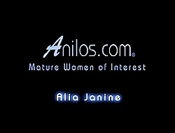 Shortcoming your hot cum millstone all about forsake Alia Janines bulky interior
