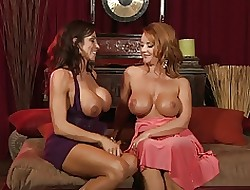 Ariella vs. Janet- Spiritual Lezzy Intercourse