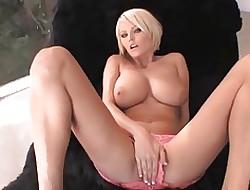 Hanna Hilton - Circumscribe