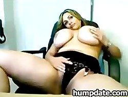 MILF close to mammoth breasts toying their way pussy