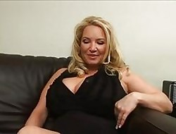 Hot MILF Rachel Dote on drills will not hear of twat surrounding will not hear of apple of one's eye toys