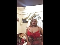 Arab Off colour Saudi Milf Dance