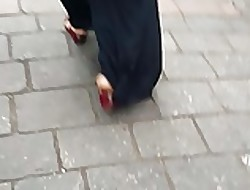 egyptian asss arabic abaya outing hooves