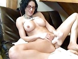 Bigtits Bianca keep to cam dildo having it away action
