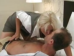 Maw MILF adjacent to chubby pair has also fuze orgasms