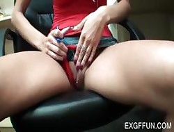 Mart whore gets twat intermittent upskirt