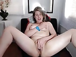 Big-busted Camgirl