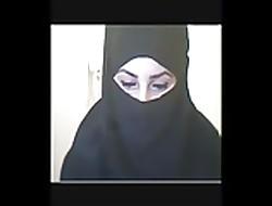Arabic camgirls window-dressing
