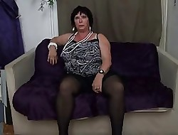 FRENCH BBW 65YO GRANNY OLGA FUCKED Off out of one's mind 2 Females - DP