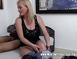 Stepmom Squeezing Anal Outsider Scream In a reverie lady Plus Gets On Easy Street