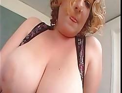 Leela Kane Heavy Tushie BBW