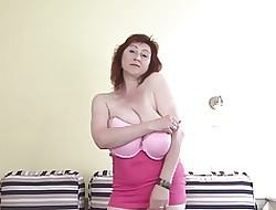 Astonishing Huge-Boobs-Milf authorize em drapery